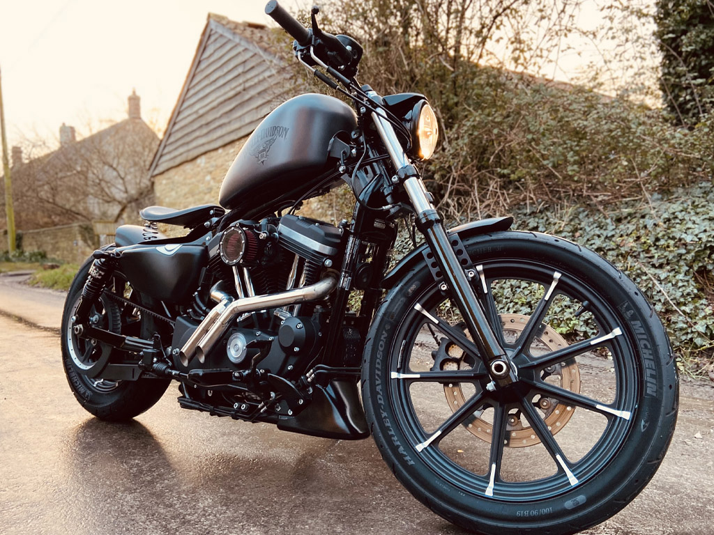 Harley Davidson XL 883 IRON – Custom Bobber - 15th Feb
