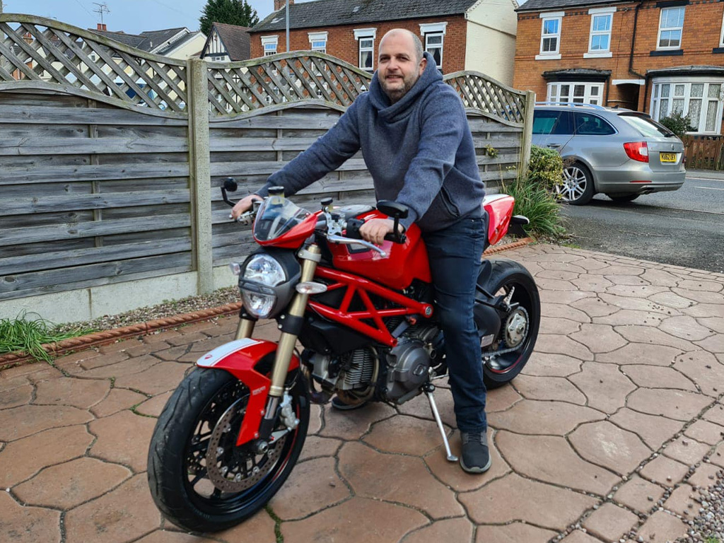 Winner Mark Dale of a Ducati Monster 1100 Evo - 8th March