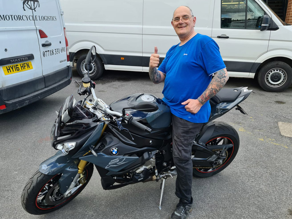 Winner Stephen Perkins of a BMW S1000R – 2018 - 10th May