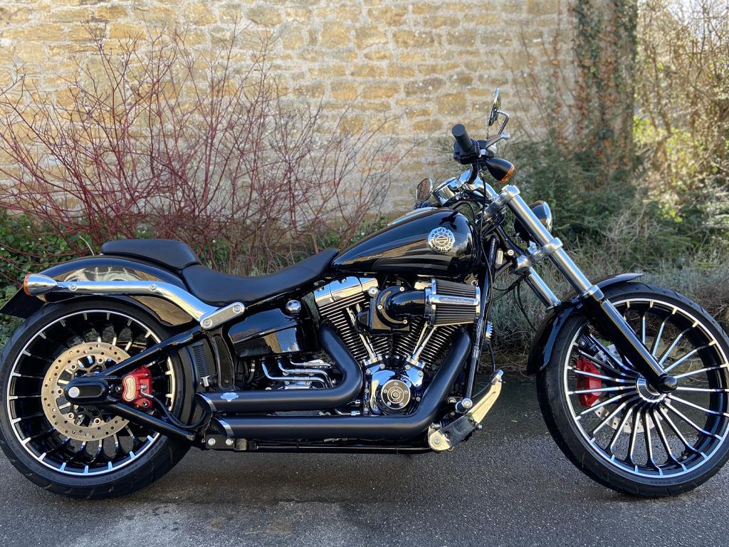 2016 Harley Davidson – Breakout 103 – 1st March