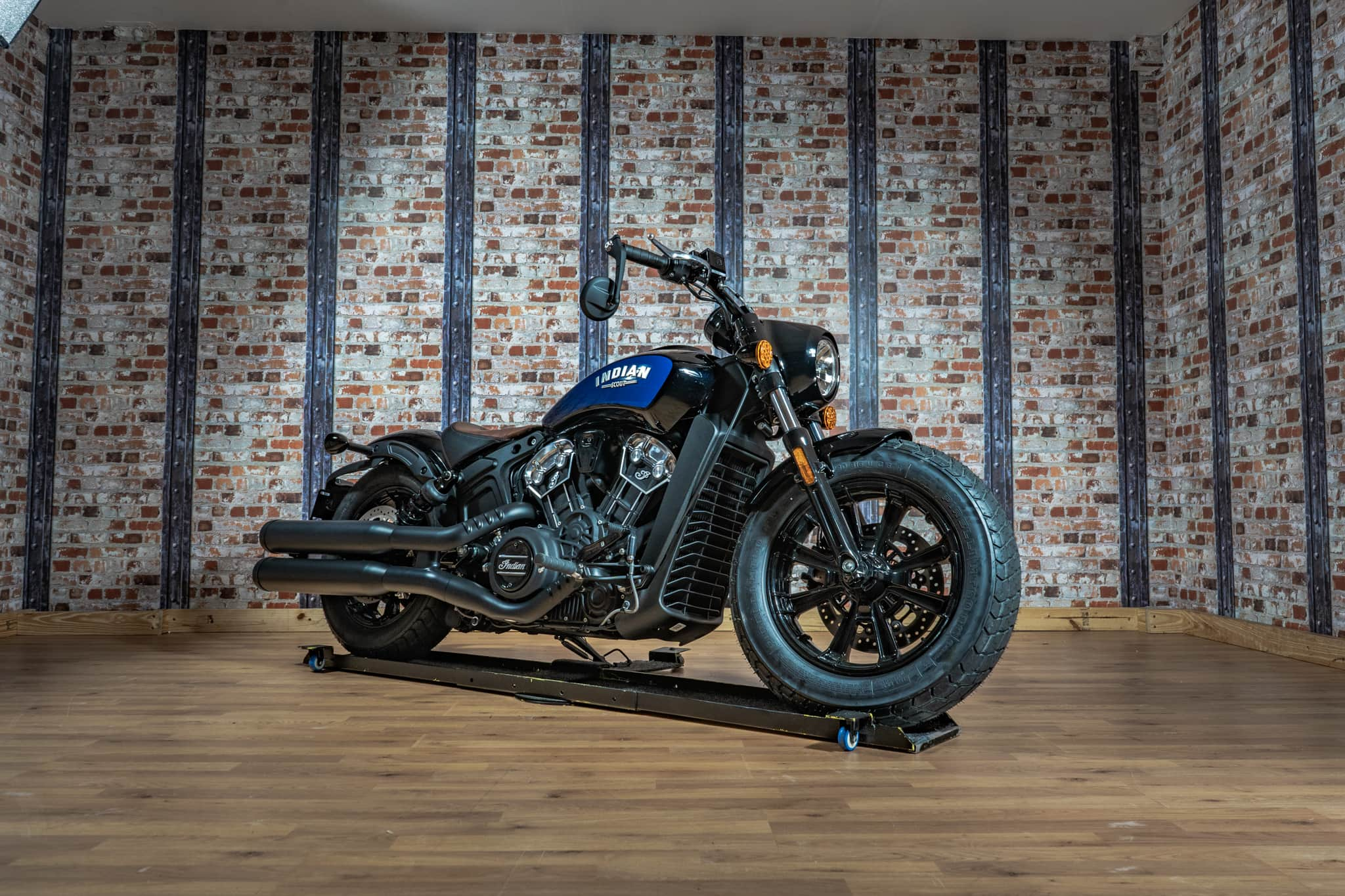 Brand New Indian Scout Bobber 1200 ICON in Black Azure Crystal – 13th September