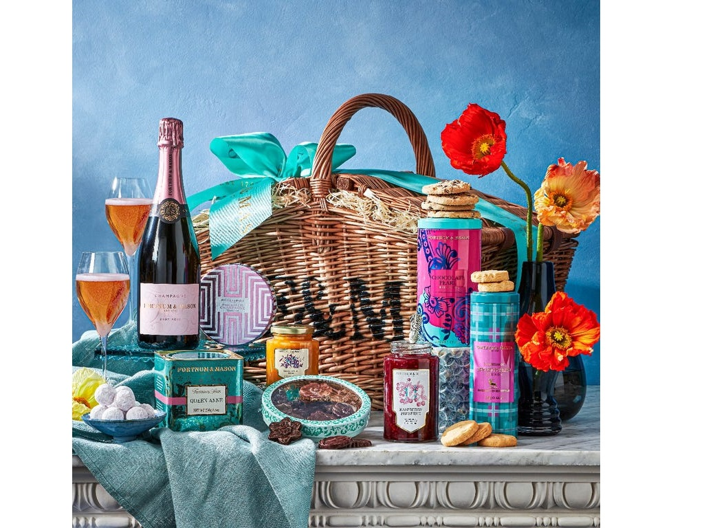 Mothers day hamper - 8th March